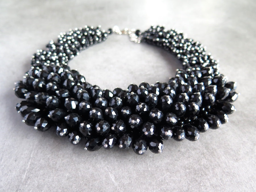 Crystal Rock Chic Collier in black