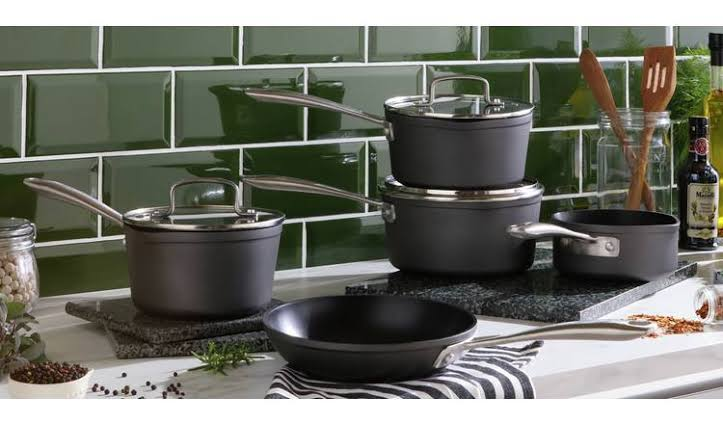 Home 5 Piece Hard Anodised Aluminium Pan Set