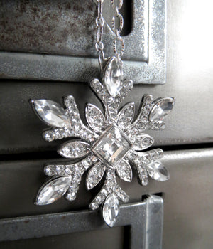 Sparkling Silver Snowflake Pendant Necklace with Crystal