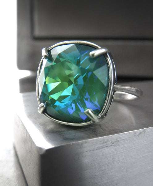 Emerald Ghost - Swarovski Crystal Silver Adjustable Ring