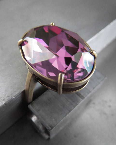 Gilded Royal Lilac Oval Ring with Swarovski Crystal