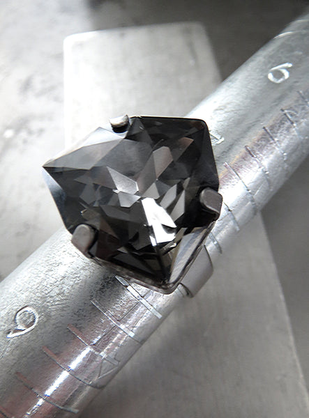 Black Night Swarovski Crystal Triangle Adjustable Ring - Matte Gunmetal