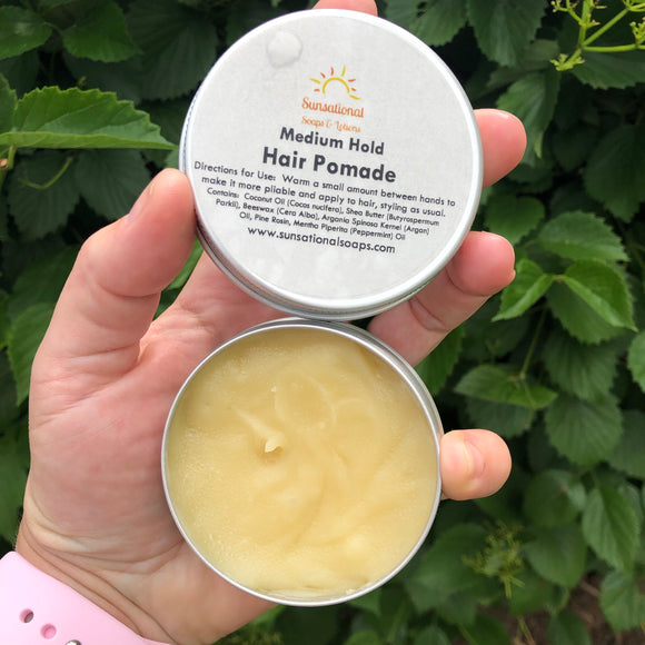 Medium hold hair pomade