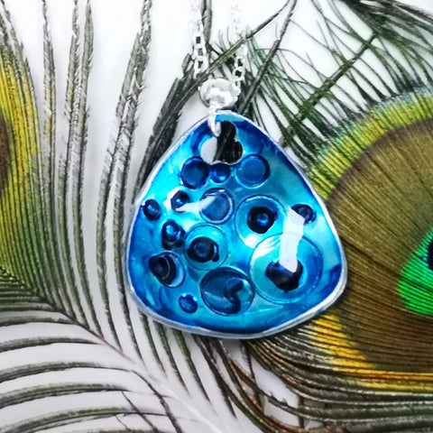 Focus - Inky Cupped pendant