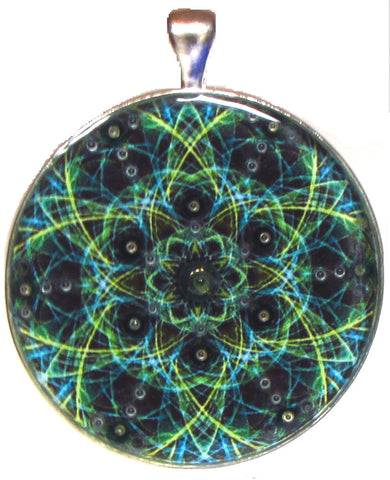 Fractal pendant and necklace