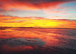La Paz - (Uyuni Salt Flats) - San Pedro de Atacama   (Classic night bus - Departure border (Hito Cajon) by bus)  (total of 4 days) - Code: SLPBSPABNPPPPH3
