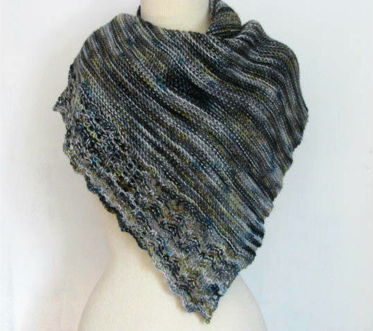 Verge Shawl-- Knitting Patterns -- PDF Download