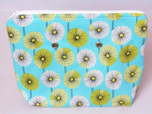 "Daisies (white zip) -- Handsewn Project Bag with Grommets (7"" x 9"")"
