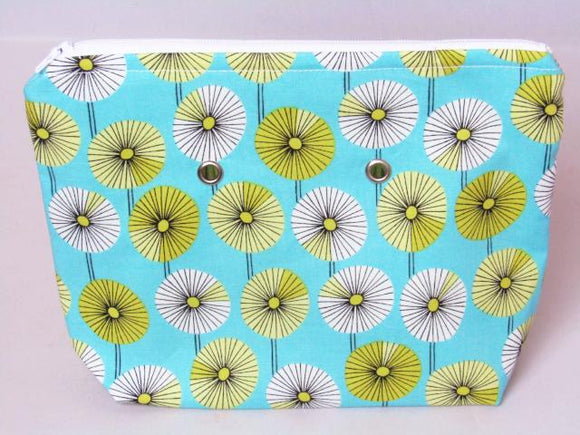Daisies (white zip) -- Handsewn Project Bag with Grommets (7