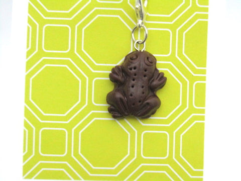 Chocolate Frog -- Project Keeper & Zipper Pull