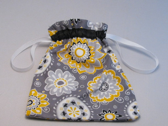 Yellow/Black/Grey Floral Hand Sewn Self-locking Project Bag (8