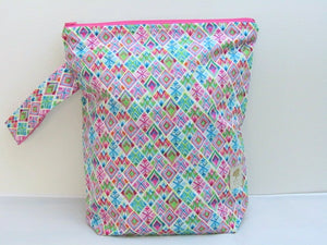 "Geometric Art (Pink/Green/Teal) -- Hand Sewn Sweater Project Bag with Handle  -- 13"" x 15"""