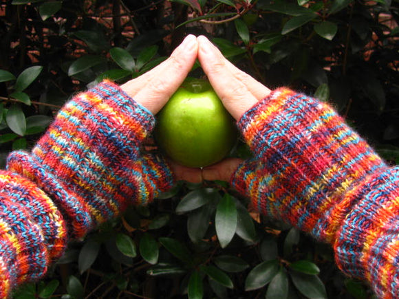 Urbanista Fingerless Gloves -- Knitting Patterns -- PDF Download