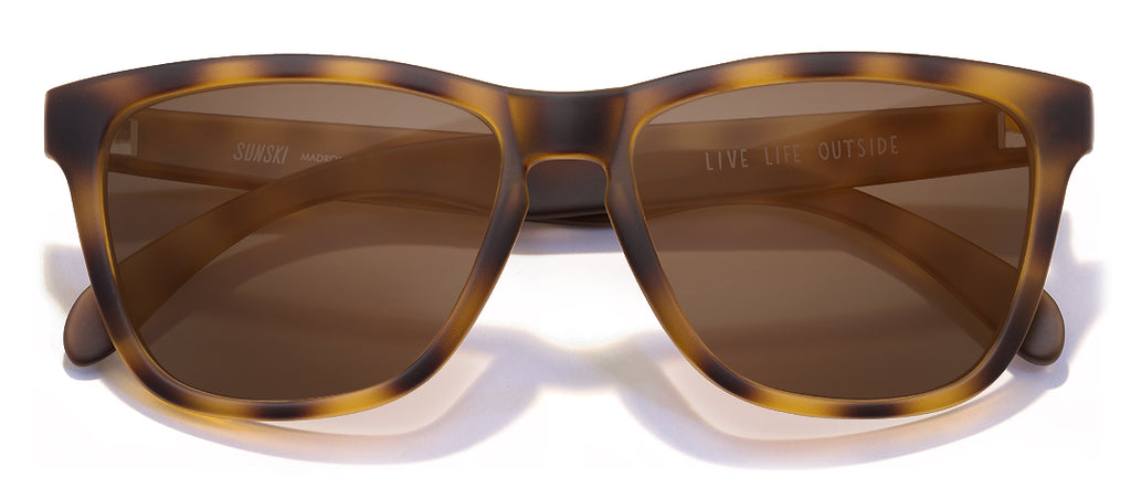 color Tortoise Brown