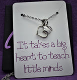 Teacher necklace, Gift It takes a big heart to teach little minds, personalized jewelry for teacher, gift for teacher aid, student teacher - Designs By Tera