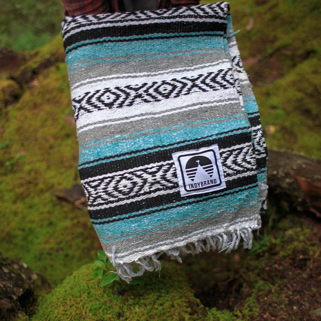 TEAL EXTRA LARGE TRIBAL BLANKET