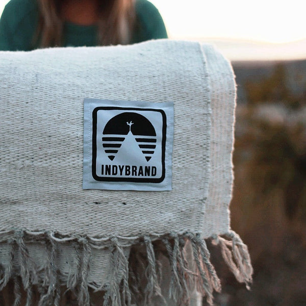 WHITE WEEKEND WARRIOR INDY BLANKET