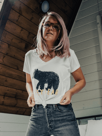 HEY BEAR V-NECK | WHITE