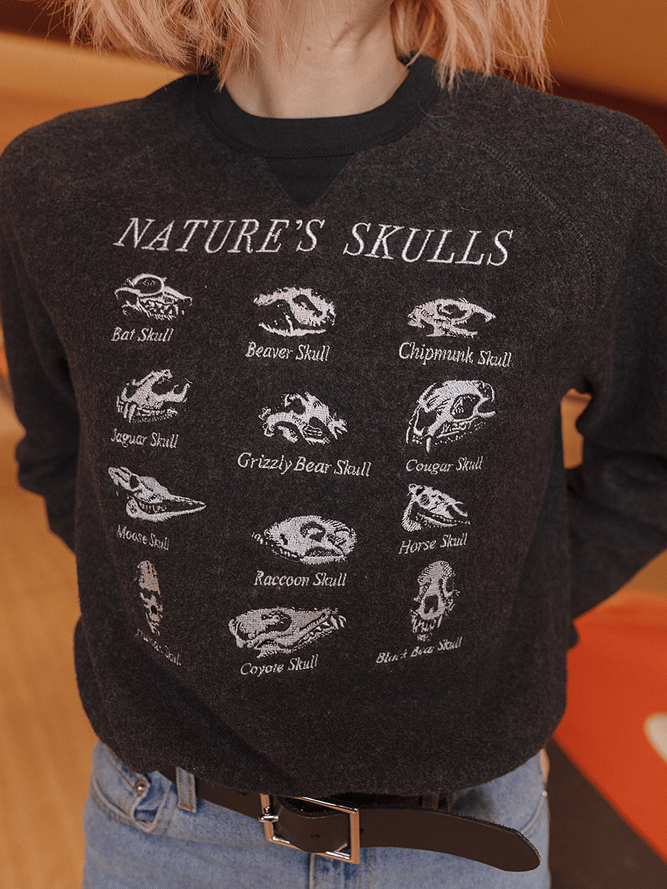 SKULLS EMBROIDERY FLEECE