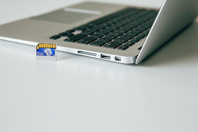 TarDisk Pear installed in MacBook pro with full startup disc
