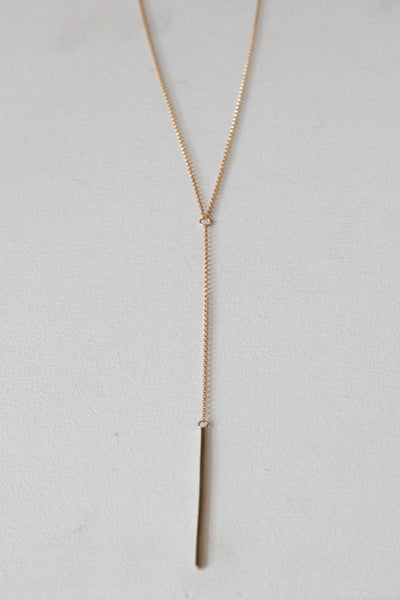 Amora Lariat Necklace Gold
