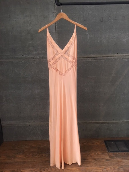 On The Road Dress Light Peach