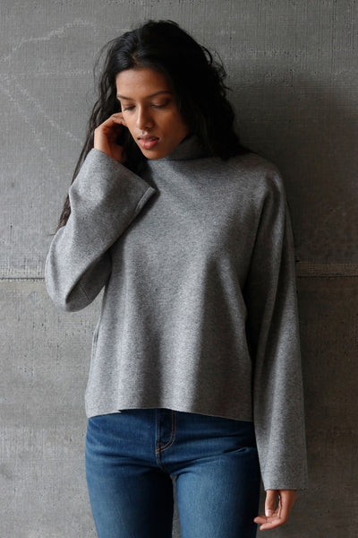 Turtleneck Pullover Grey