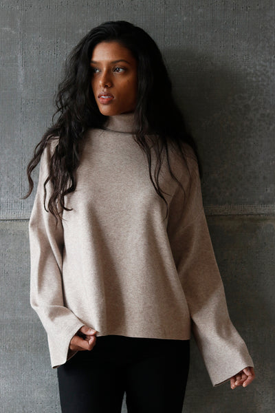 Turtleneck Pullover Sand