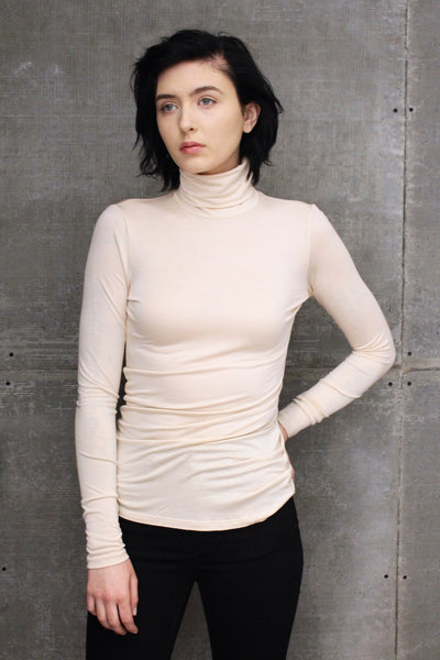 Paulo Turtleneck Beige