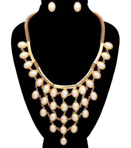 Pearl Arrangement Necklace Set