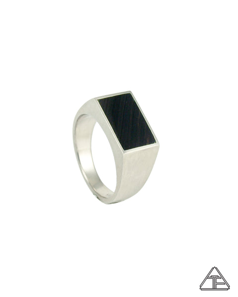 Signet Ring: Inlay Obsidian