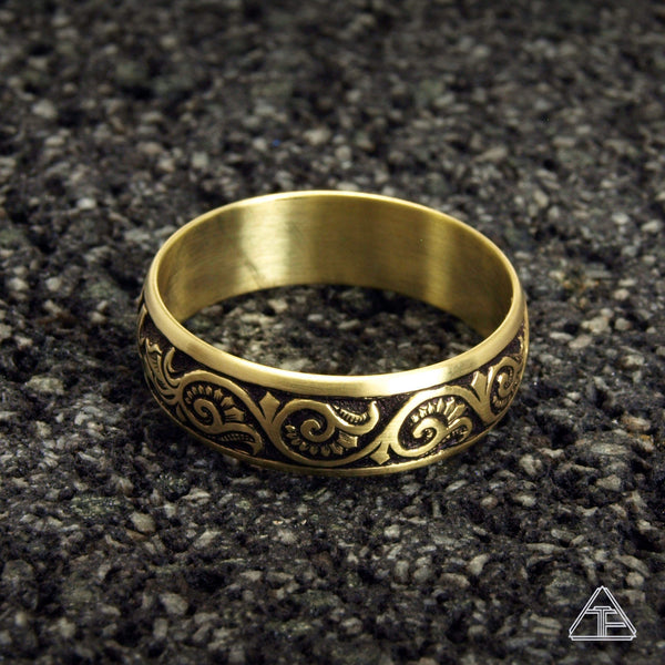 Huck: Hand Engraved Band / Ring