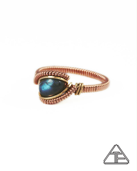 Size 8.5 - Labradorite Rose and Yellow Gold Wire Wrapped Ring
