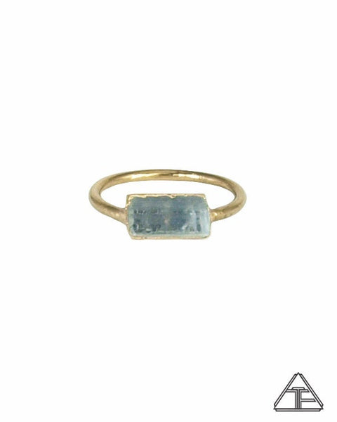 Size 4.5 - Aquamarine Yellow Gold Crystal Talisman Ring