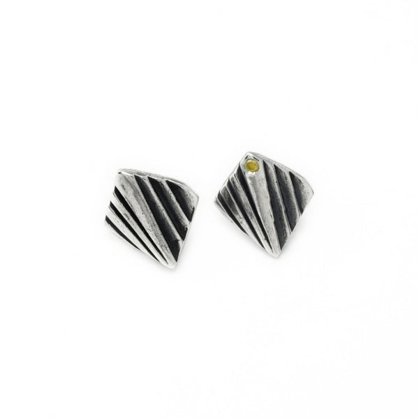 Mohs: Sterling Silver Studs Yellow Diamond