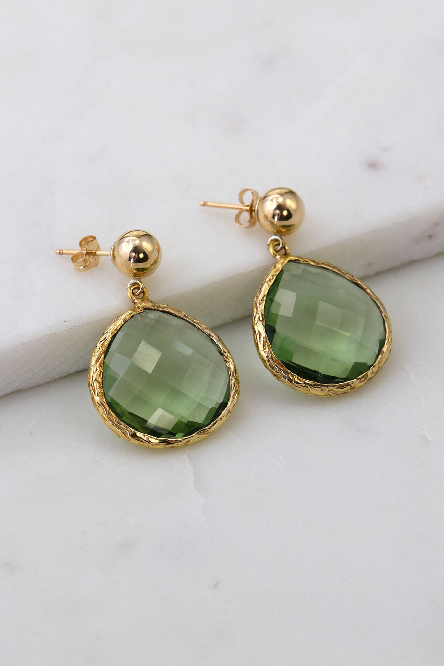 Pear Shape Earring, Gemstone Earring, Green Amethyst, Natural Stone, Elegant Textured Earrings, Gold filled earring, Round post, Bar post
