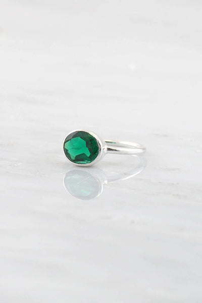 Green Emerald Quartz Ring, Christmas Gift, Quartz Ring, Green Gemstone Ring, Stackable ring, Stacking Ring, Sterling Silver ring,Modern Ring