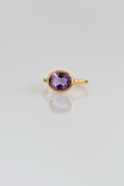 Amethyst Ring - Oval Ring - Bezel set ring - February Birthstone Ring - Gemstone Ring - Stacking Ring - Gold Ring - Bridal jewelry