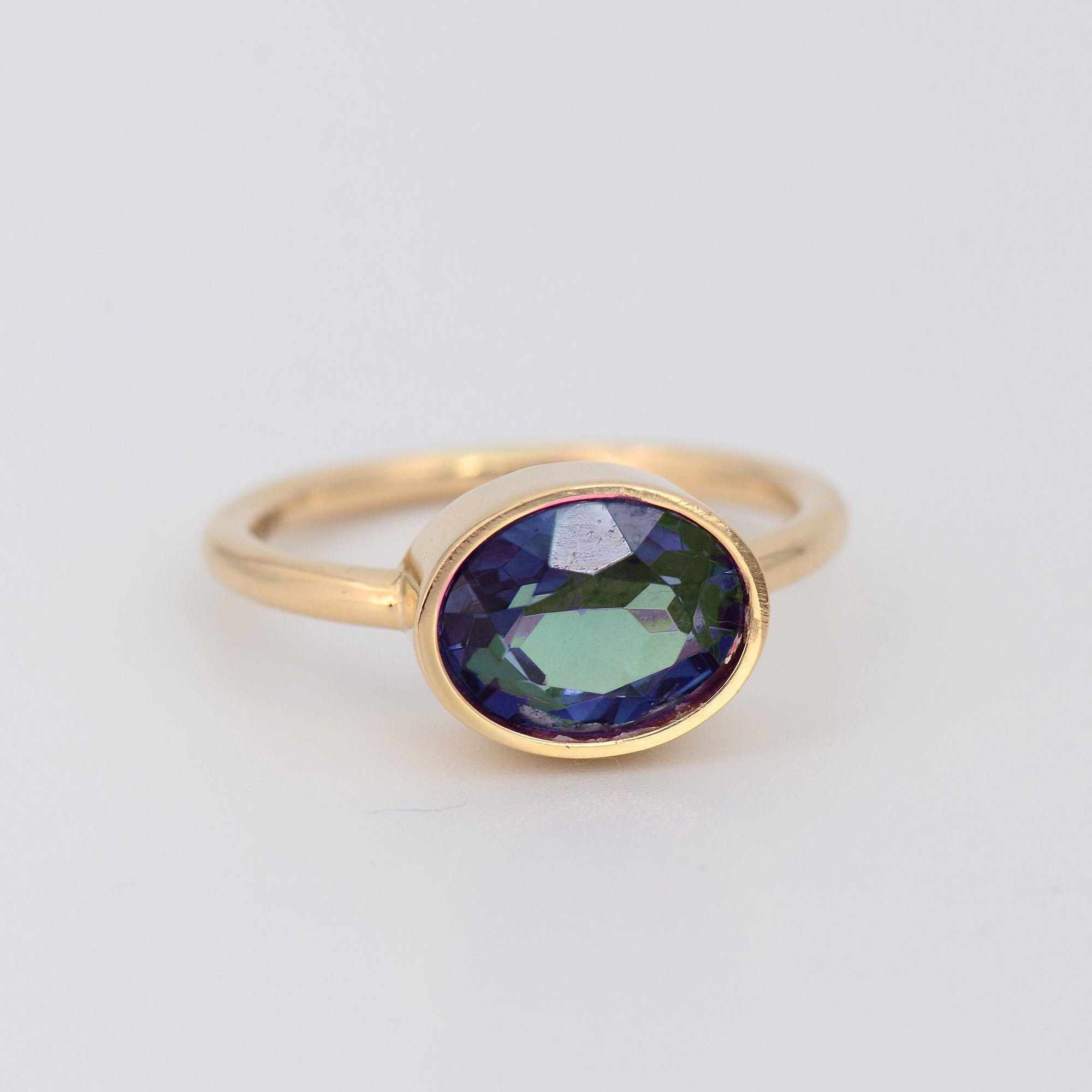 Alexandrite ring, Alexandrite Jewelry, Solid Gold ring, June Birthstone ring, Mother's gift for wife, Color Changing Gemstone, 14k Gold Ring