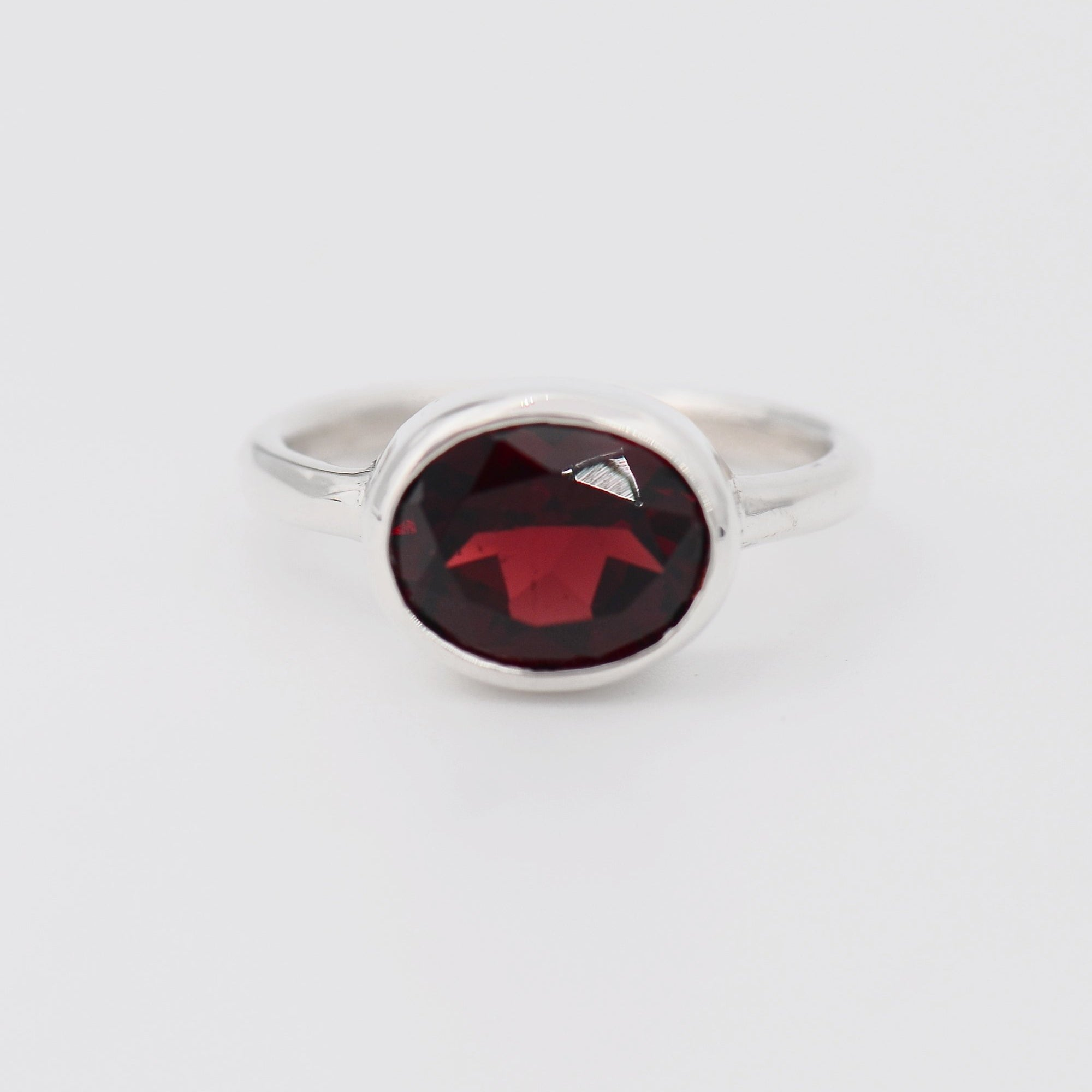 January Birthstone ring, Garnet ring, Stacking rings, Sterling silver gemstone ring, Oval shape Gemstone ring, Ring gift for her