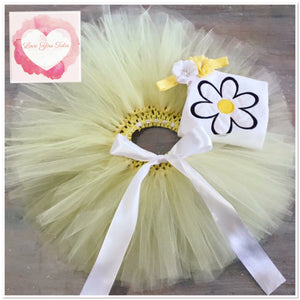 Embroidered daisy tutu set