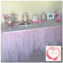 Load image into Gallery viewer, Table, cake & bed skirts