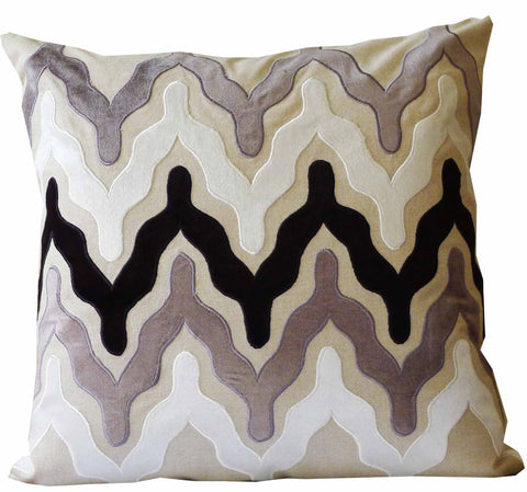 Kussani Cushion Cover Black Profile 50cm x 50cm K451