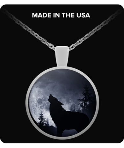 Wolf Shirt - Wolf Howl At The Moon Necklace