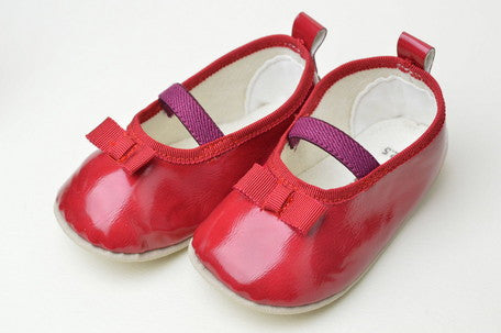 Pompkins soft shiny shoes