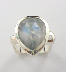 Flat Top Ring with cab stones Ai116