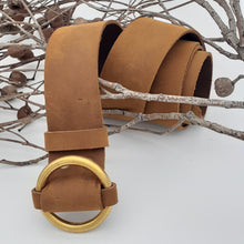 Load image into Gallery viewer, Brass Ring Buckle Tan Belt