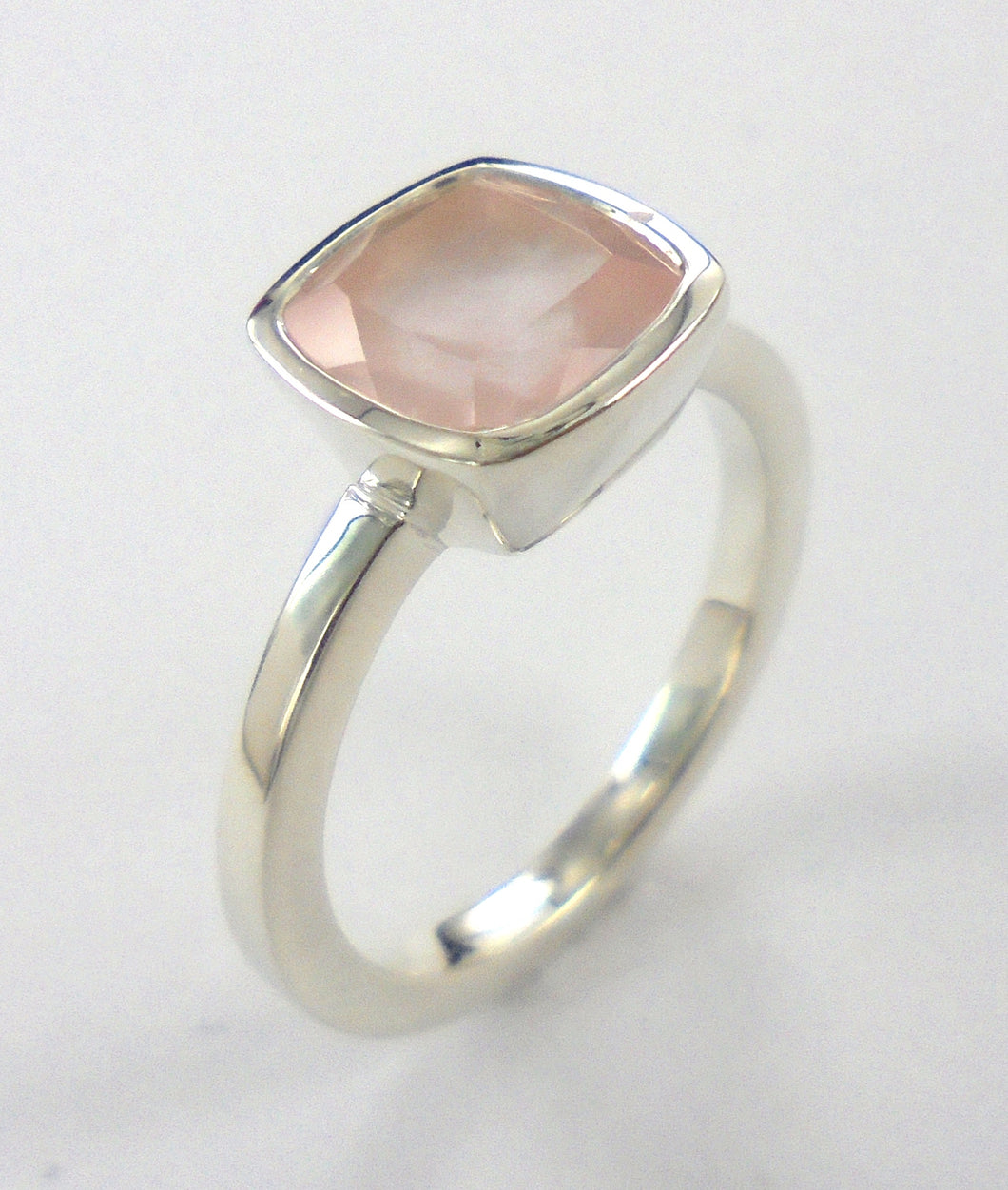 Rosequartz Cushion Ring Ai152