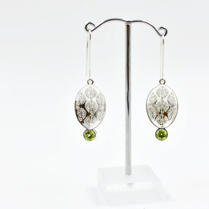 Pattern Leaf Earring with stones Ai160E