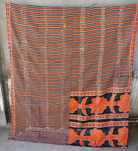 VINTAGE SARI KANTHA THROWS
